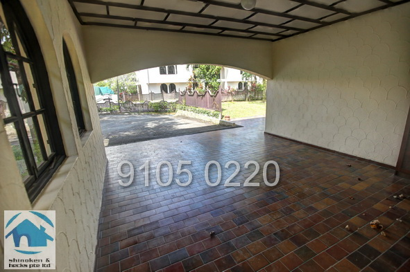 Bungalow at Leedon Road for Rent