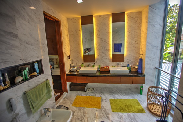 Semi Detached Housewith Pool for rent namly Area Singapore