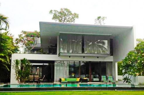 Sea facing Sentosa Bungalow for Rent,