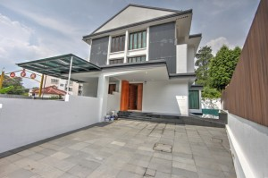 For rent or Sale on Dunearn Road - Brand new 3-Storey Semi-Detached House with in-ground Pool.