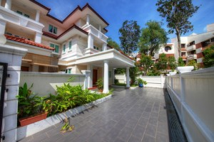 Six (6) bedroom House for rent at Figaro Gardens in Siglap Opera Estate