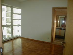 Goldenhill Condo 3 bedroom for rent. Near Australian School