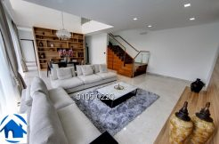 Brand new semi detached 6 bedroom house in prime district for rent