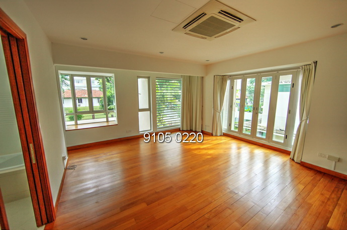 7 Bedroom House near Australian School
