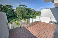 Brand New Semi D for Rent 5 Bedroom, Pool