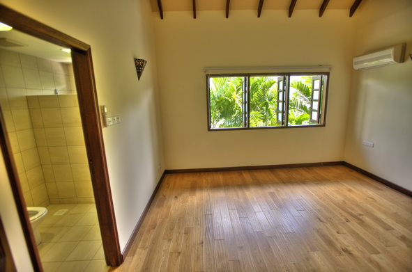 Sunset Way terrace Semi D House for Rent (11)