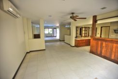 Sunset Way terrace Semi D House for Rent (7)