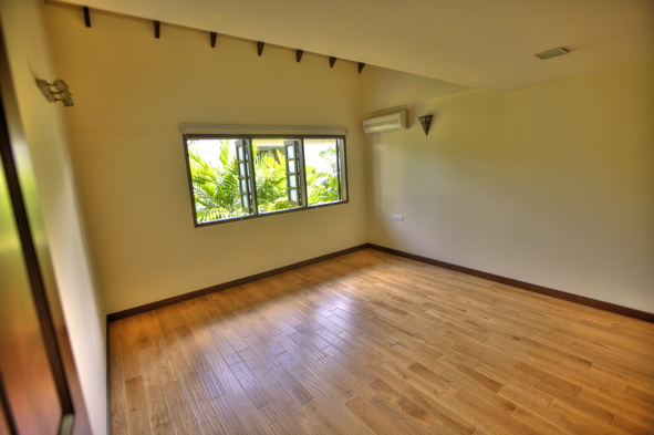 Sunset Way terrace Semi D House for Rent (9)