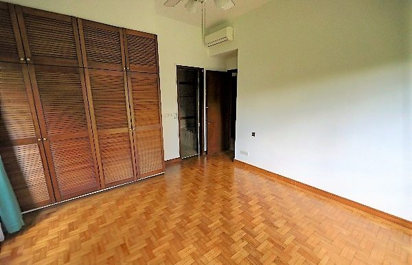 3 Bedroom plus study plus maids Condo for rent